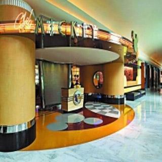 香港迪士尼樂園主題公園酒店入場劵連米奇廚師餐廳自助早餐套票 chef mickey restaurant chef mickey breakfast buffet package